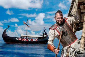 Un combattant déguisé en Viking